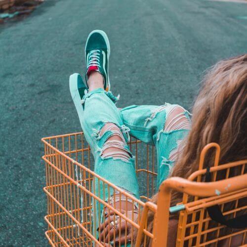 Low prices, top savings on footwear