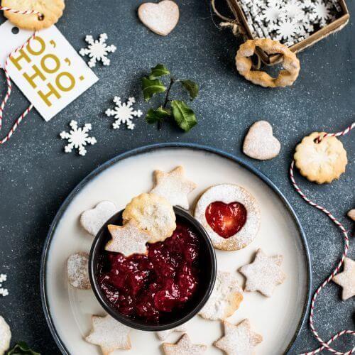 christmas-macy-s-cooking-cookies
