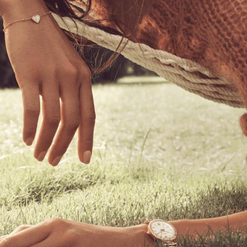 valentines-day-fossil-bracelet-watche-love