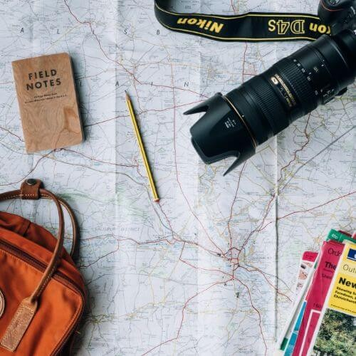 mothers-day-expedia-travel-map-backpack